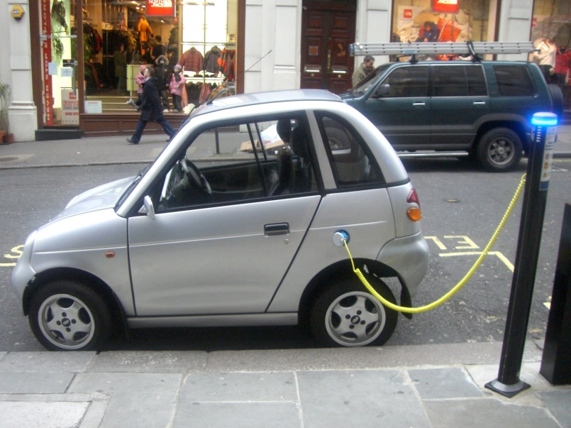 Would an electric car save you money? Expert advice from WeWantAnyCar.com